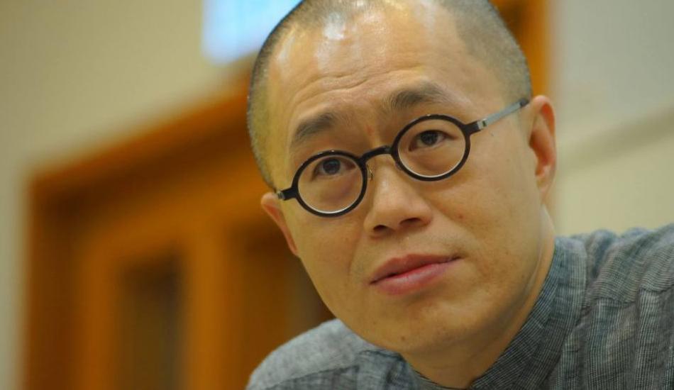 Leung could not send three books to Hong Kong because SF Express would not ship them. (Image:HKFP)