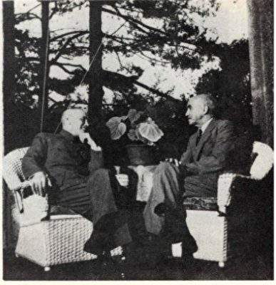 Stuart discussed US-Sino relations with Jiang Jieshi in Jiangxi Lushan. (Image: Public Domain)
