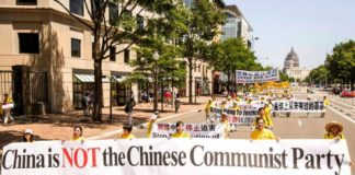 A 2011 parade in Washington, D.C. commemorates the Tuidang (withdrawal from the Communist Party) movement on reaching the 100 million mark. As of 2019, Over 337 million people have renounced their affiliations with the Communist Party and its youth organizations. (Image: Tudiang Center)